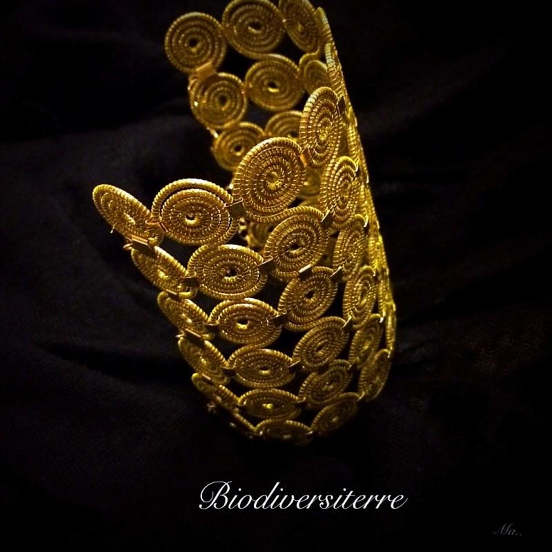 Bracelet 6 brins avec spirales et strass