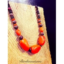 Collier graine orange
