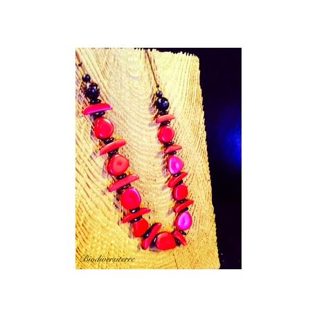 Collier multi fruits rouge