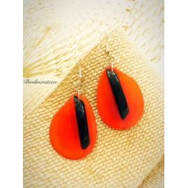 Boucles d'Oreilles Pétale Orange et Plume Noire